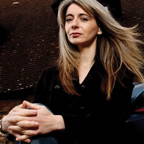 evelyn glennie hearing essay Evelyn glennie's famous essay on hearing, deafness and her experience as a musician revised in 2015 wwwevelyncouk.